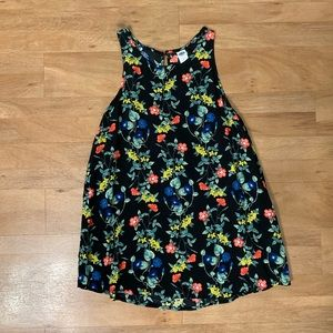 Old Navy black floral sleeveless top